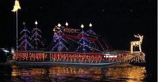 Christmas_boat