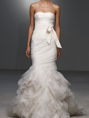 Vera-wang-fall-2011-bridal-tulle-gown-profile