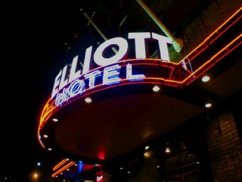 Elliott hotel