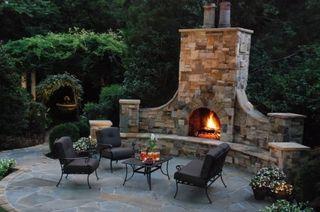 Oversized-outdoor-fireplace-coogan-s-landscape-design_1215